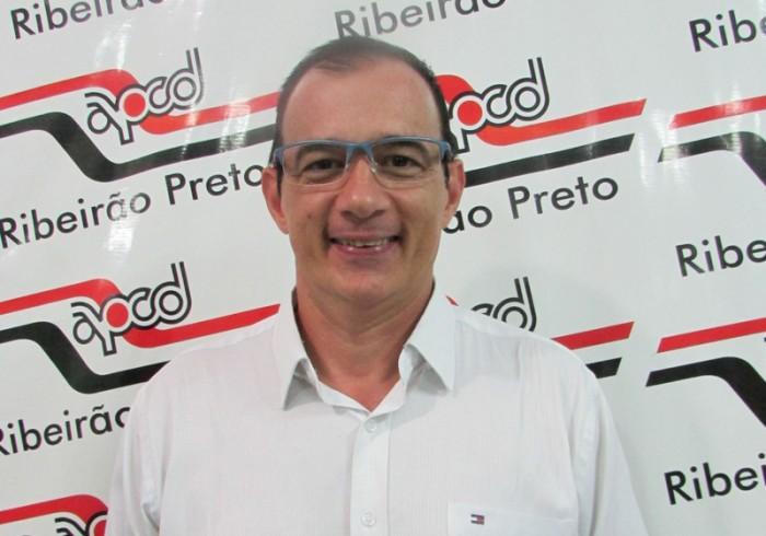 Entrevista: Prof. Dr. André Peruchi Minto